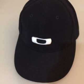 Oakley Cap