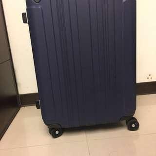 🚚 SPALDING行李箱