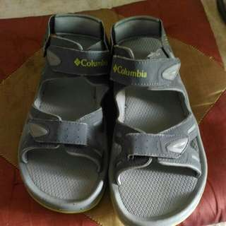 Authentic Columbia mens sandals
