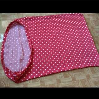 全新紅白波點枕袋