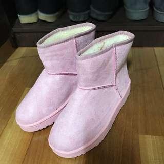 🚚 粉色雪靴