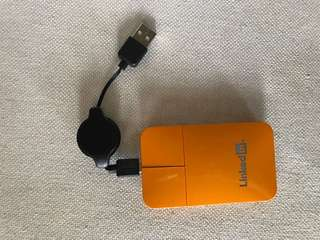 USB Travel mouse with retractable wire