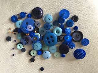 Blue buttons and beads craft pack