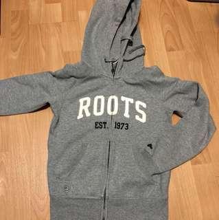 🚚 Roots外套