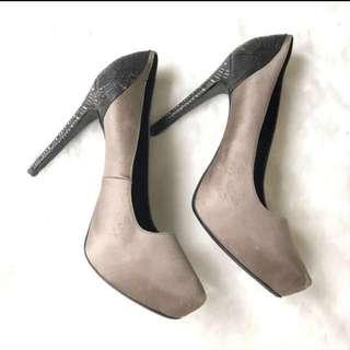 Pedro Pump Heels