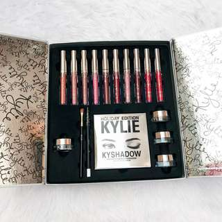 Kylie Holiday Edition