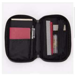 MUJI NYLON MAKEUP POUCH BOOK TYPE