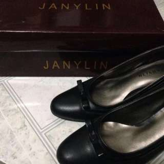 Janylin Black Shoes