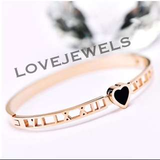 Roman Love Heart Rose Gold Bangle