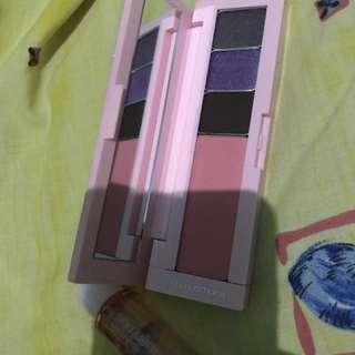 Shu Uemura Eyeshadow palette blush on