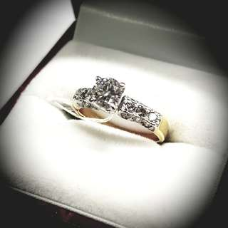 40 Pointer Solitaire w/side Diamonds Ring