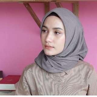Segi empat fiber by vanilla hijab (new)