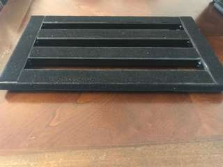 Metal Pedalboard 37 x 27 cm with attached Velcro