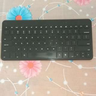 Branded like new - Motorola Bluetooth Keyboard