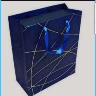 Instock Fancy Paper Carrier Bag For Gift Goodie Bag Size M  18 × 8.5 × 25cm