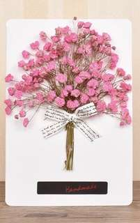 Handmade floral cards with dried real flowers.
