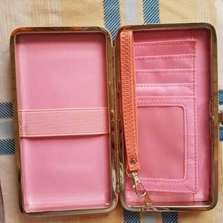 Case purse pink