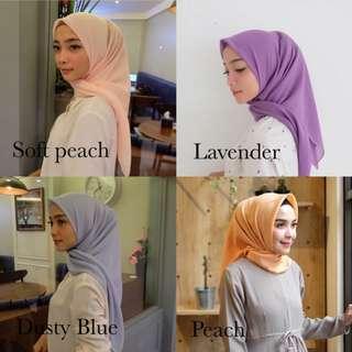 Hijab Laudya Square