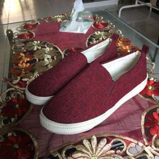 Sepatu Slip On VNC VINCCI Merah - FIXED PRICE