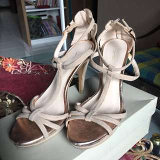 Sepatu High Heels VNC / VINCCI - FIXED PRICE