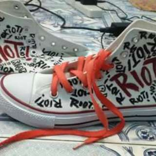 Paramore Riot Converse shoes