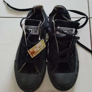 Sepatu converse new