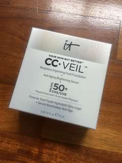 Brand new in box It Cosmetics CC+ Veil cushion foundation
