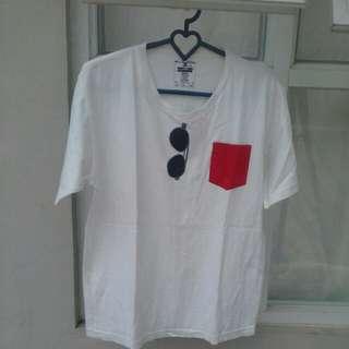 T-Shirt Putih Kereenn