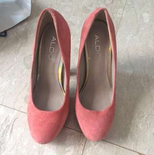 Used ALDO Pumps