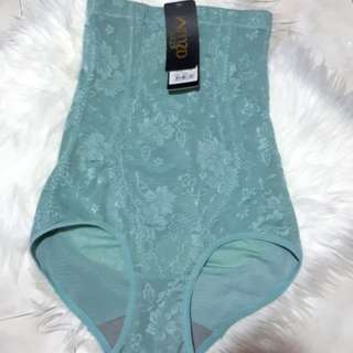 BN slimming pants M size