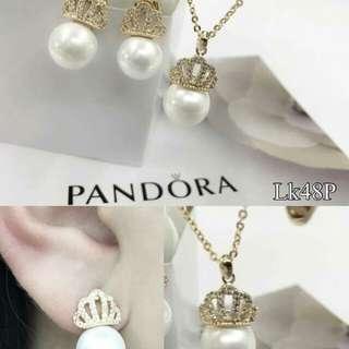Crown Pearl set