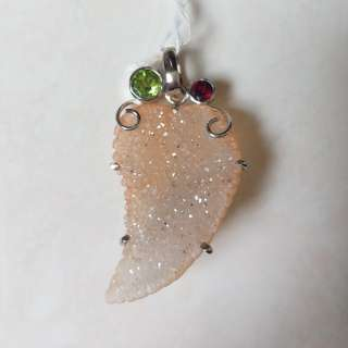 Silver pendant with druzzy agate, peridot and garnet