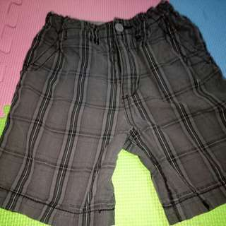 Place Kids Shorts for him(Size 3-4T)