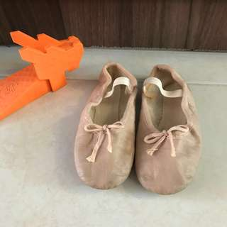 Ballet leather shoes flats (size 11, insole 15.5cm)