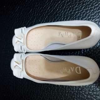達芙妮跟鞋