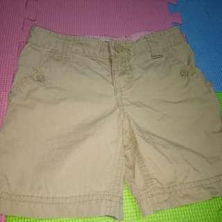 Cherokee Khaki Shorts(Size 4-5 y/o)