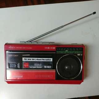 卡式帶機 (已壞)cassette recorder (inoperative)