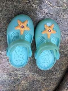 Girls Crocs Shoes babies size 6
