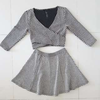 BN Forever 21 2 Piece Houndstooth Crop Long Top And Mini Skirt