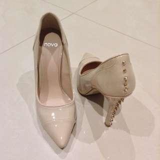 Novo Pointy Cream Heels