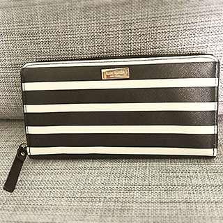 Classic Design Kate Spade Black & White Stripes Long Wallet