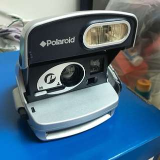 Vintage Polaroid Camera (for deco)