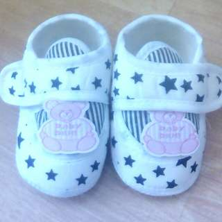 kasut baby girl