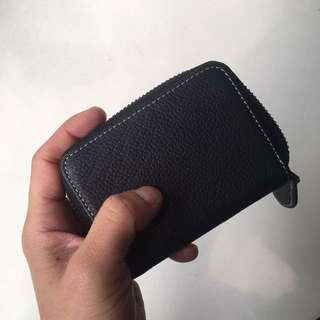 Compact leather cardholder