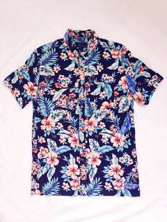 Forever 21 Short Sleeve Floral Casual Shirt