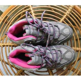 Sepatu Gunung Regatta