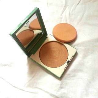 Clinique Stay-Matte Sheer Powder