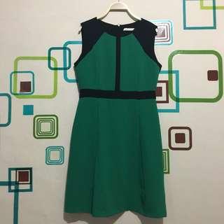 Dress Minimal Hijau L - FIXED PRICE