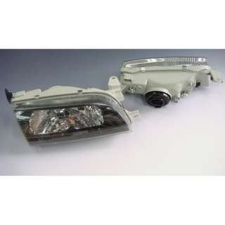 Toyota AE101 crystal headlamp   model 32148 + 32174