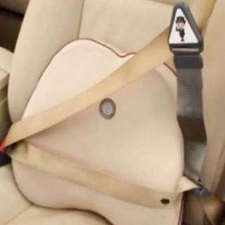 $6 Child seat belt restraint EASY N CONVENIENT